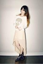 ivory studded skull Ardene sweater - black buckles Dolce Vita boots