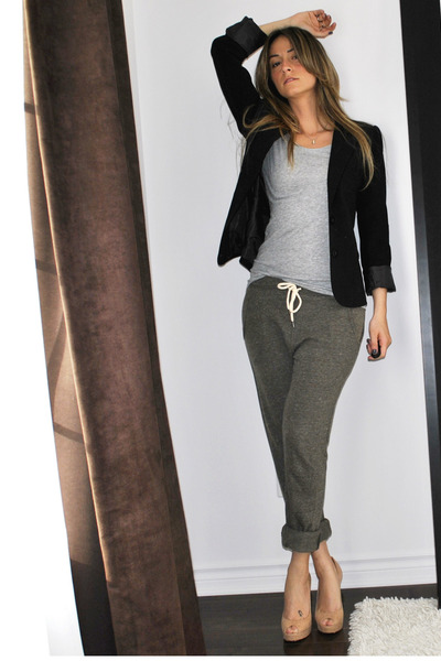 black Sirens blazer - gray H&M t-shirt - green Topshop pants - beige Aldo shoes