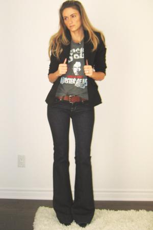 gray black sabbath  t-shirt - black stiletto Aldo boots