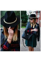 Fiorella atelier hat - PERSUNMALL dress - torques bracelet