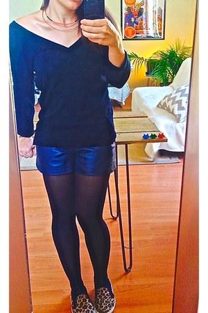 navy leather Sezane shorts