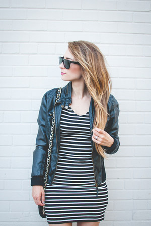black peep toe Steve Madden boots - black striped H&M dress