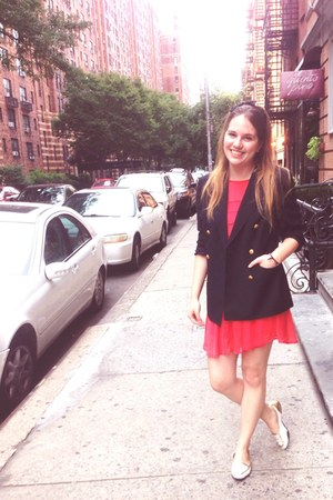 white vintage shoes - coral Forever 21 dress - navy Brooks Brothers blazer