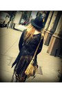 Black-fedora-banana-republic-hat-tan-vintage-bridget-shuster-bag-black-aviat