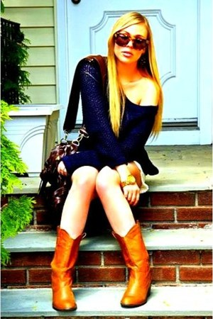 tan cowboy Zara boots - navy knit free people sweater - white denim work  custom
