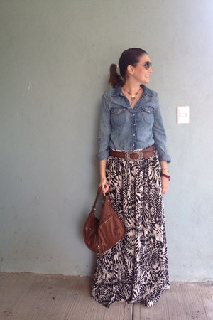 heather gray Gap skirt - navy Levis shirt - aquamarine vintage necklace