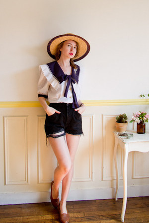 tawny vintage hat - black denim cutoffs vintage shorts