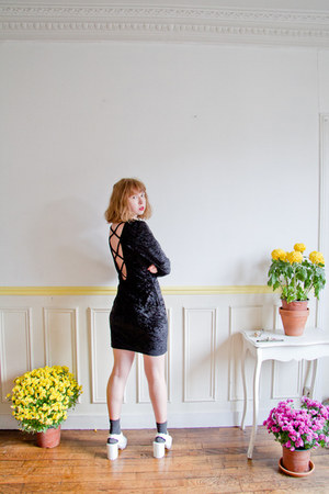 white Monki wedges - black vintage dress - gold young frankk necklace