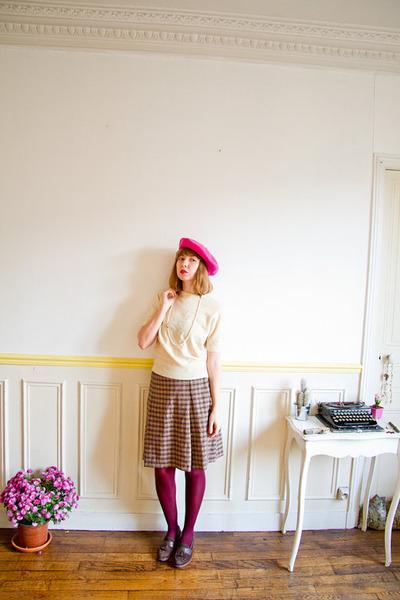 hot pink beret vintage hat - cream cashmere vintage sweater