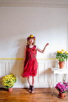 ruby red velvet vintage dress - tawny Swedish Hasbeens clogs