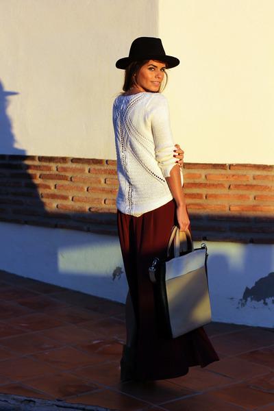 dark brown Zara boots - black Zara hat - ivory Sheinside sweater