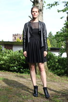 black vagabond boots - black American Apparel dress - black Zara jacket