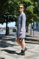 black Zara boots - navy H&M dress