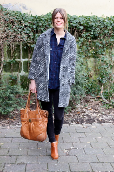 navy Zara blouse - tawny acne boots - tawny Marc by Marc Jacobs bag