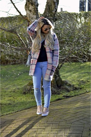 neutral plaid Primark cardigan - light pink quilted Primark sneakers