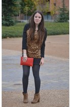 Zara boots - Tous bag - Zara shorts - Zara top