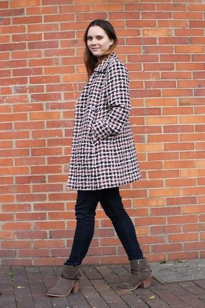 Nine West coat - Express jeans - Louis Vuitton bag - Gucci watch