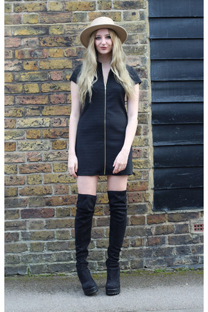 Missguided boots - Wal G dress