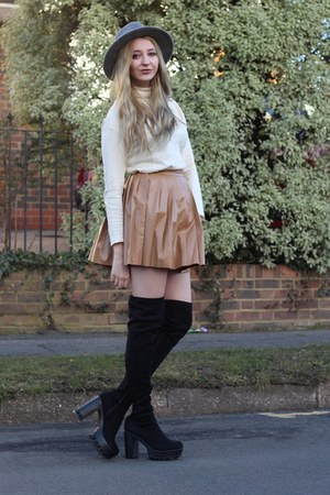 Missguided boots - warehouse hat - Mango sweater - Missguided skirt