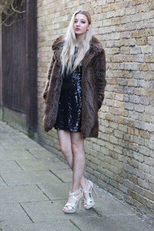 Pretty Little Thing dress - Zara coat - Boohoo heels