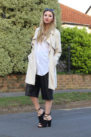 Primark coat - H&M shirt - Miu Miu sunglasses - Zara pants - Nelly heels