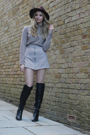 Dorothy Perkins boots - Missguided hat - Primark sweater - Boohoo skirt