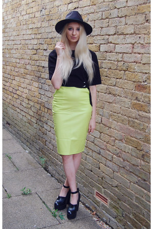 Missguided skirt - River Island shoes - Boohoo hat - OASAP top