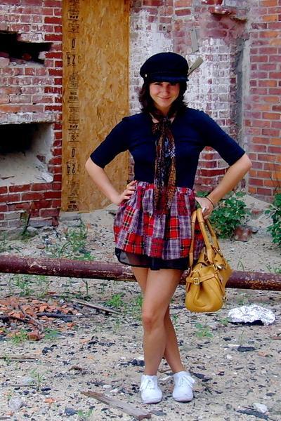 selfmade skirt - Circa hat