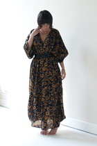 secondhand market dress - garment district belt