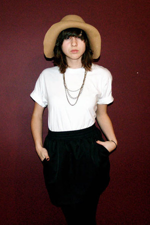 Circa Vintage hat - Hanes t-shirt - American Apparel skirt - H&M necklace