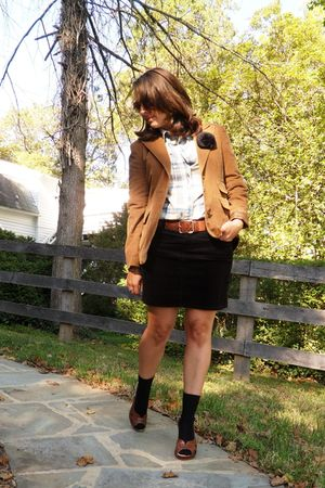 brown blazer - black Old Navy skirt