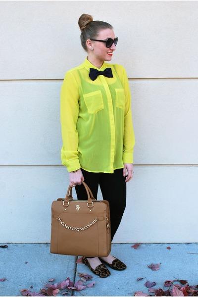 mustard Gregory Sylvia bag - yellow Rock & Republic top - brown Nine West flats