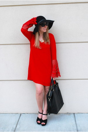 black nixon hat - red The Mint Julep Boutique dress