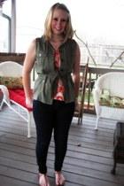 carrot orange elle top - navy jeggings New York & Company jeans