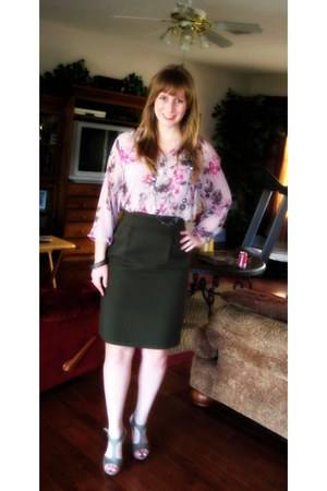 light pink Lauren Conrad blouse - forest green pleated thrifted vintage skirt -