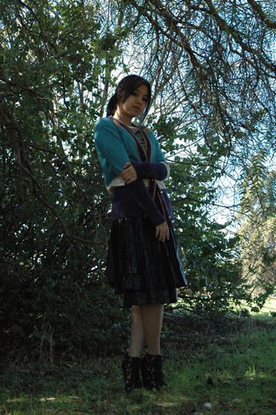 black Sara Lanzi skirt - gray Diesel t-shirt - blue Marc by Marc Jacobs sweater