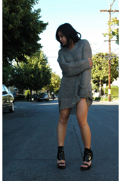 Alexander Wang sweater - Givenchy shoes