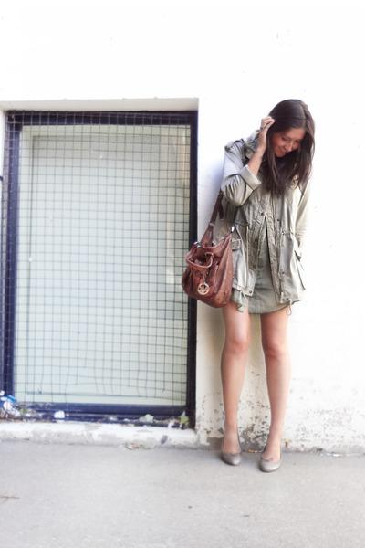 Aritzia dress - Aritzia jacket - Micheal Kors bag - Aritzia flats