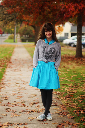 turquoise blue dress - heather gray shirt - charcoal gray tights