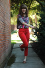 Black-striped-dress-red-jeans-magenta-floral-shirt