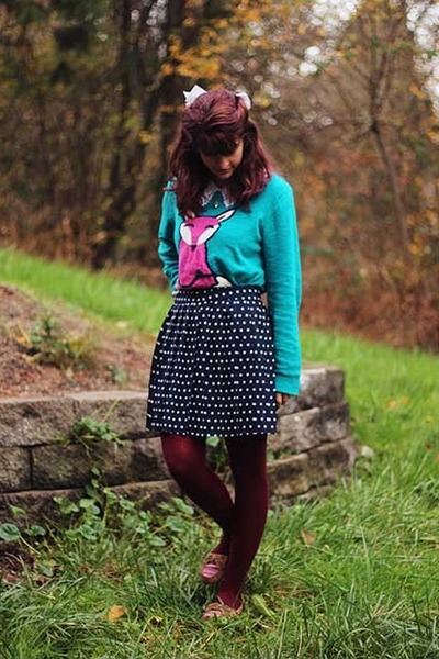 teal fox sweater - white lace collared shirt - maroon tights