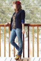 navy skinny jeans - tan tiger print shirt - deep purple shirt