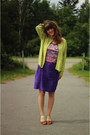 Coral-shirt-deep-purple-skirt-chartreuse-cardigan