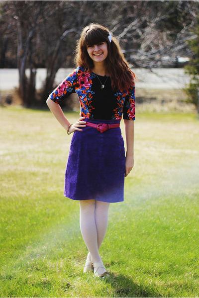 floral dress - lace tights - velvet skirt - belt - heels