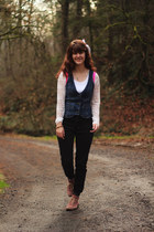 coral boots - dark gray jeans - white lace shirt - navy denim vest