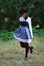 Light-purple-striped-dress-maroon-hat-maroon-tights-white-lace-cardigan