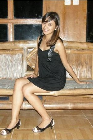 black dress - black shoes