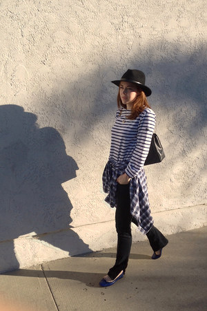 Brixton Fedora hat - J Brand jeans - Chanel bag - Saint James t-shirt