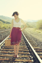 beige vintage bag - light pink Target top - maroon vintage Bali skirt - thrifted