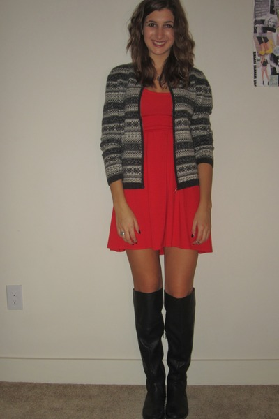 aa8c73075d4 knit sweater vintage sweater - JustFab boots - red dress Target dress